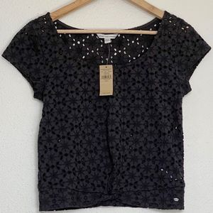American Eagle NWT Embroidered Crop Top Small